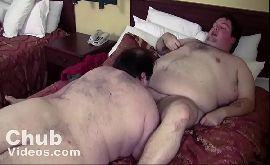 Gordo gay transando com seu melhor amigo
