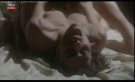 Juliana paes filme porno em uma cena quente pagando peitinho