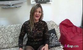 Mature sex anciosa pra fazer sexo com o jovem tímido