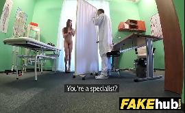 Transando no hospital com um falso médico