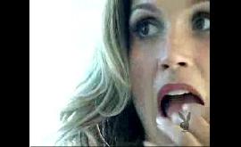 Flavia Alessandra pelada toda gostosa no barco
