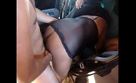 Sexo na garagem com pretinha safada demais