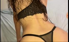 Novinha gostosa no sexo gravando com rapaz que ela desejava