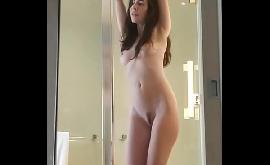 Tik tok do sexo com novinha rebolando toda pelada